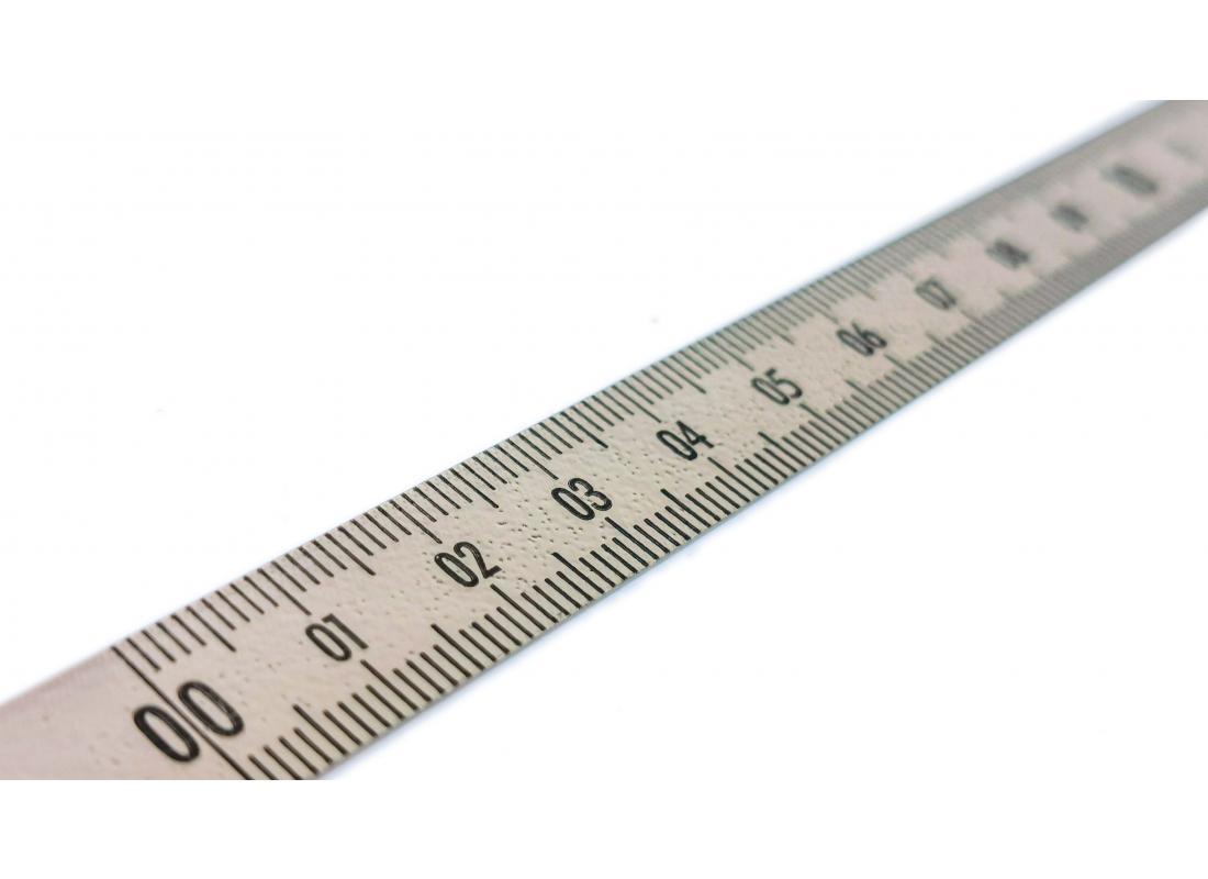 Lineal grau 0---30 cm L---R